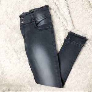Grey Raw Hem Skinny Jeans/ Jeggings
